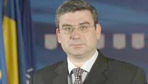 Baconschi asigura ca Romania si-a schimbat strategia in privinta integrarii rromilor