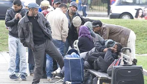 Peste 50 de tigani romani au ocupat un parc din centrul Londrei