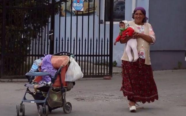 Focarele de rujeola de la granita judetelor Cluj si Bistrita Nasaud au aparut in comunitati de romi cu copii nevaccinati / Autoritatile sanitare spun ca este posibil ca boala sa fi fost adusa din Italia