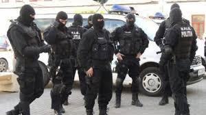 Halucinant: Primăria Focșani a dat afară niște țigani din apartamente pentru că nu au plătit utilitățile timp de ani de zile, iar CNCD a sancționat autoritățile pentru că i-ar fi discriminat pe rău-platnici