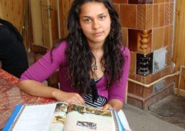 Burse pentru elevii romi din liceele pedagogice