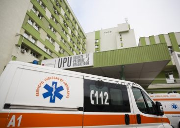 Prahova: Cinci persoane, cercetate pentru profanare de cadavre, după ce au furat din spital cadavrul unei rude înainte de încheierea formalităţilor legale