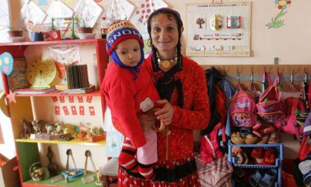Grădiniţa din Săruleşti i-a scos pe romi din corturi