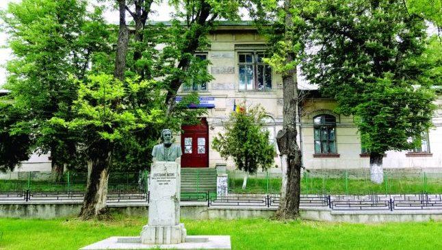 Acuzaţii de discriminare la o şcoală din Iaşi: elevii romi, puşi separat de cei români. Cazul a ajuns la CNCD