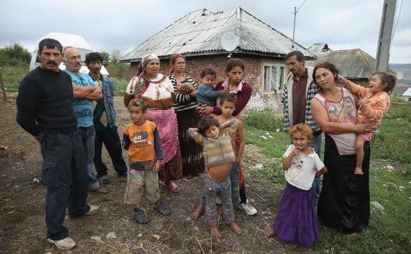 Raport: cum trăiesc romii din nouă țări UE, inclusiv România