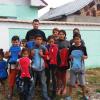 Ghiozdane pentru elevii cu situaţie financiară precară din Băbeni
