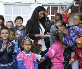 """Două lumi într-o singură școală. Școli """"ghetoizate"""" în Iașii"""