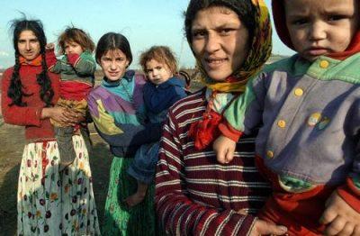 Imaginea REALĂ a romilor din România: Câţi copii fac şi câţi trăiesc pe spinarea statului