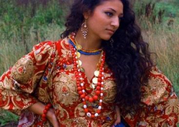 Rolul femeilor roma în viaţa publică şi familială. O perspectivă de gen