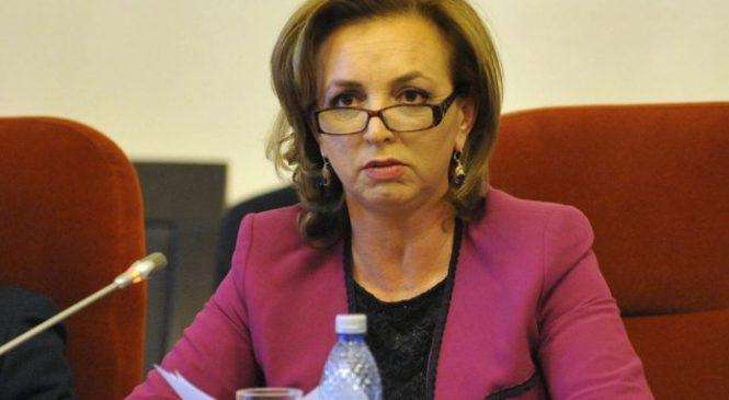 """Consilierul de stat Dana Varga acuză presiunile """"Statului paralel"""" asupra familiei din cauza opiniilor sale politice"""