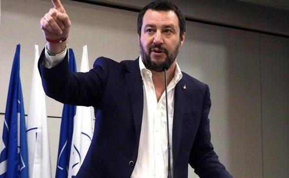 Matteo Salvini cere un recensământ al romilor din Italia