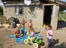 """Raport al Băncii Mondiale: """"Harta sărăciei"""" – ghetourile şi mahalalele României, pe care autorităţile se fac că nu le văd"""