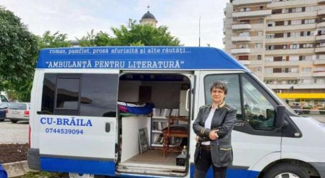 """Victima isteriei """"Ambulanţa neagră"""": Scriitoarea brăileancă Doina Popescu, agresată în Bucureşti"""
