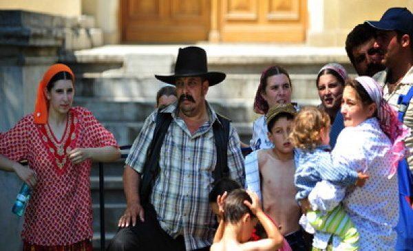 De ce românii nu vor să fie prieteni cu romii