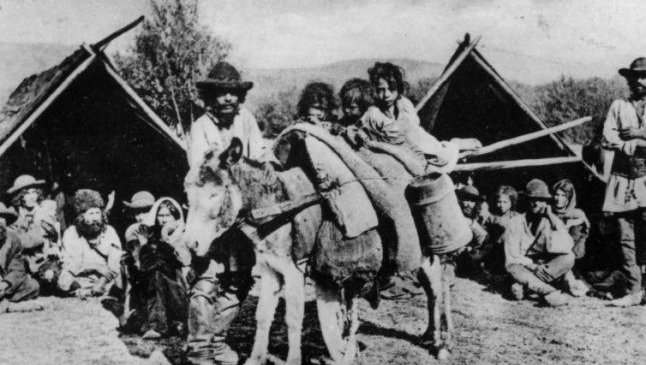 Drama romilor alungaţi în Transnistria în anii 1940. O notă secretă arăta cum explicau autorităţile deportările în masă