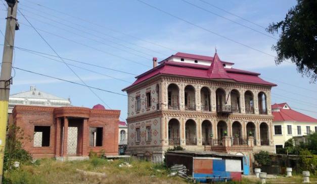 Judecătorul ţiganilor din Soroca, despre a doua cea mai mare comunitate de romi din Moldova: Nu poţi compara romii care fură o găină cu cei ce ne fură ţara!