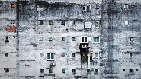 Sărăcia, cel mai mare risc cu care se confruntă România