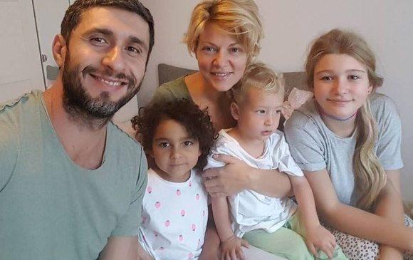 Dragoş Bucur a vorbit despre procesul de adopţie al fiicei sale