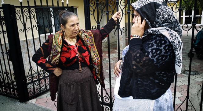 Staborul romilor e mai eficient ca judecata de la noi