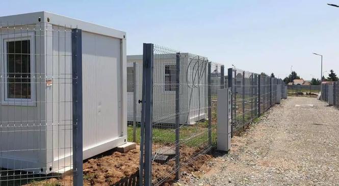 Oamenii săraci din Alexandria vor fi mutaţi la marginea oraşului, în containere împrejmuite cu garduri