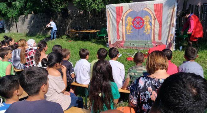 Caravana culturală a romilor a ajuns la Făgăra