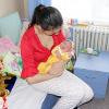 Salvaţi Copiii: Aproape 13.000 de adolescente sub 19 ani sunt mame