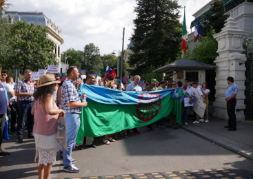 """Rasismul, """"boala europeană tratată superficial"""". Manifest pentru drepturile omului"""