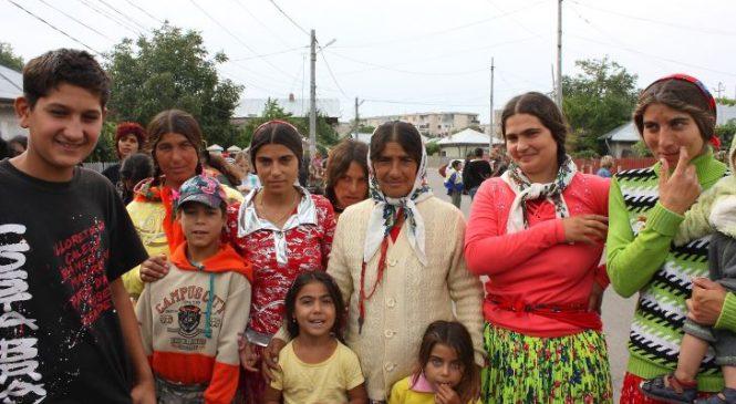 Steliana romanca conduce 4 milioane de romi