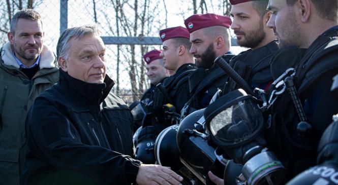 Viktor Orban nu mai vrea sa le plateasca despagubiri detinutilor si romilor si lanseaza o consultare nationala pe aceasta tema
