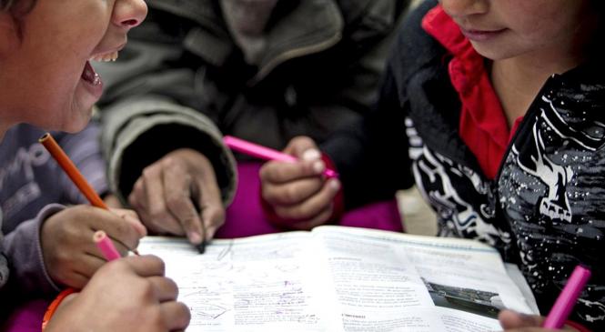 """Nouă ONG-uri îndeamnă la solidaritate cu romii în vremea coronavirusului. """"Comunitatea este ținta discriminărilor"""""""