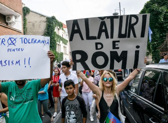 Sexismul şi rasismul. Răni adânci în sufletul românesc