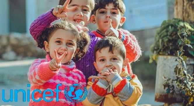 UNICEF: Mesele oferite în şcoli trebuie prioritizate în cadrul planurilor de redeschidere a şcolilor