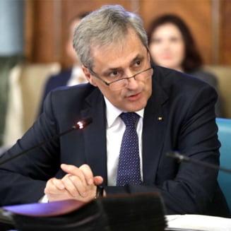 Organizatiile rromilor, scrisoare deschisa pentru Iohannis: Cer demiterea lui Vela si Berbeceanu