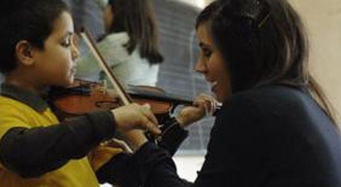 Orchestra de copii romi de la Conservatorul din Milano