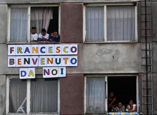 Papa Francisc a pledat pentru integrarea romilor în timpul unei vizite în oraşul slovac Kosice